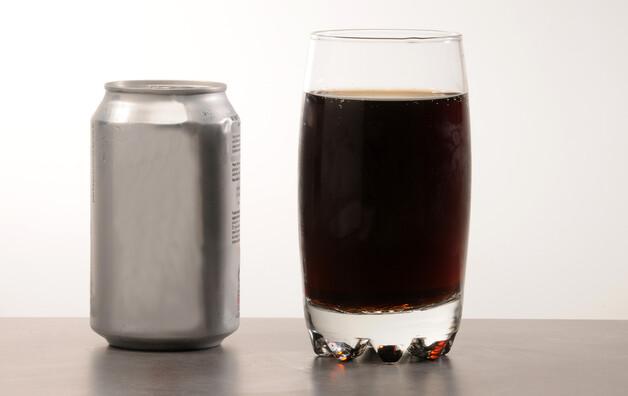 Soda au cola, sucré